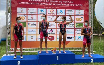 Grandes éxitos para deportistas e clubs galegos nunha intensa fin de semana de competición nacional e internacional. O Tríatlon está de volta!