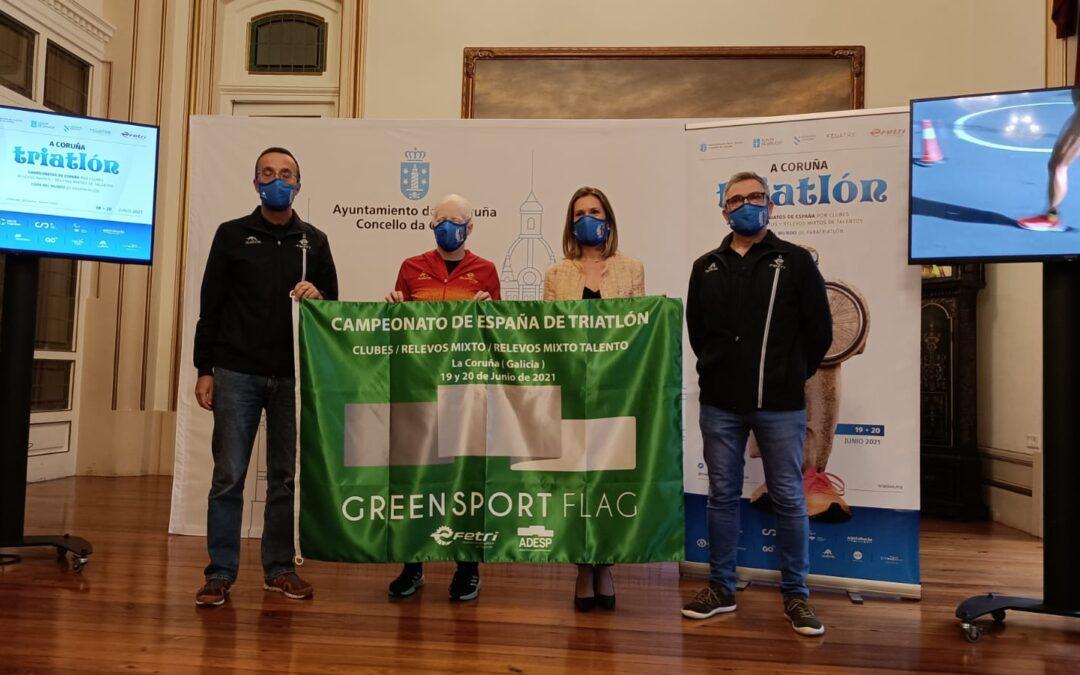 A Coruña vístese de gala para recibir os triatletas nacionais